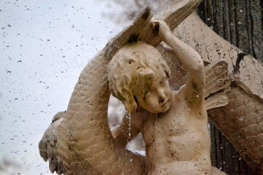 Fountain cherub